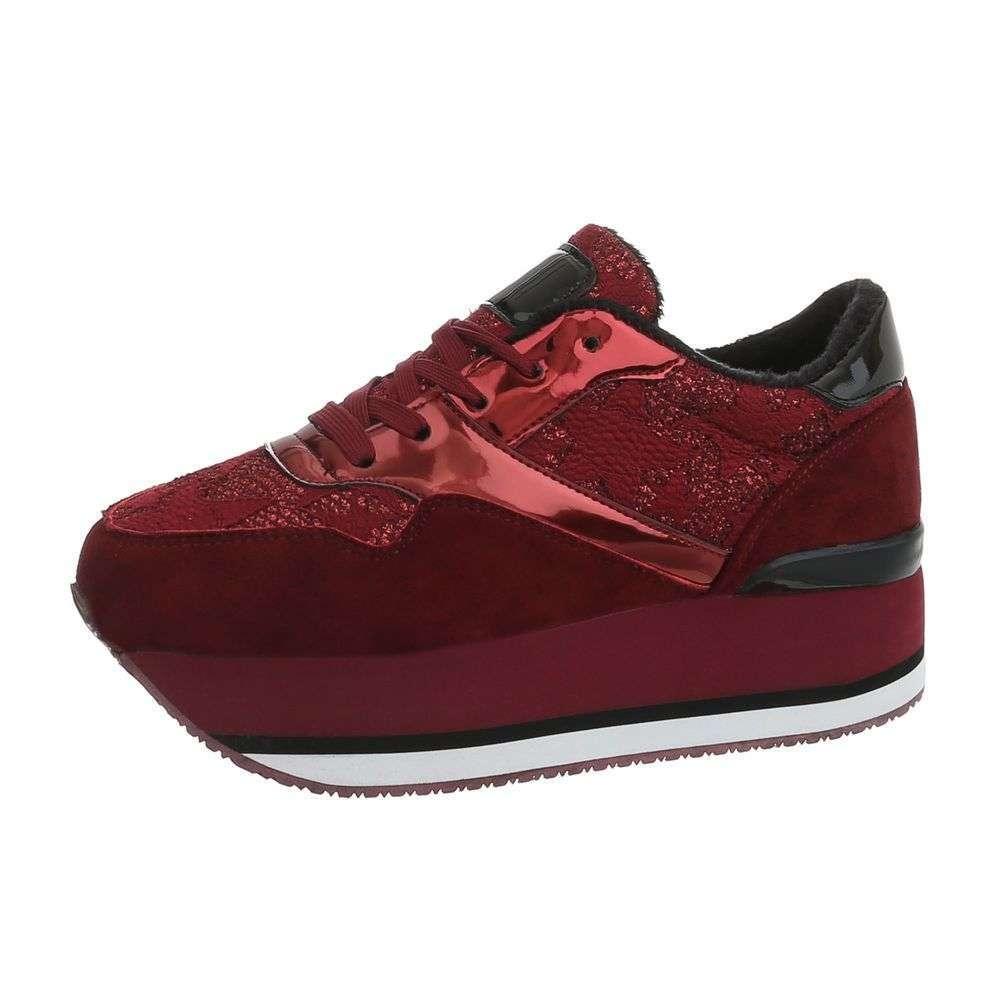 Dámské sneakers na platformě