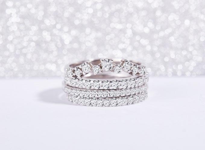 Snubní prsteny s diamanty KLENOTA