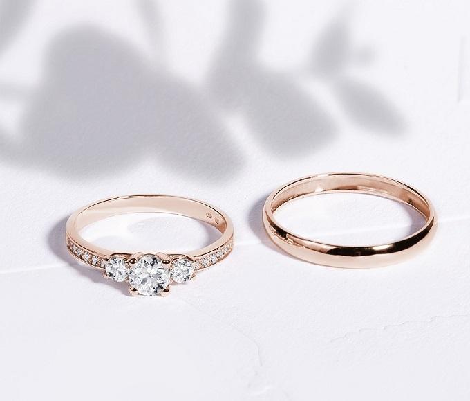 Obrączka i pierścionek zaręczynowy KLENOTA - różowe złoto i diamenty