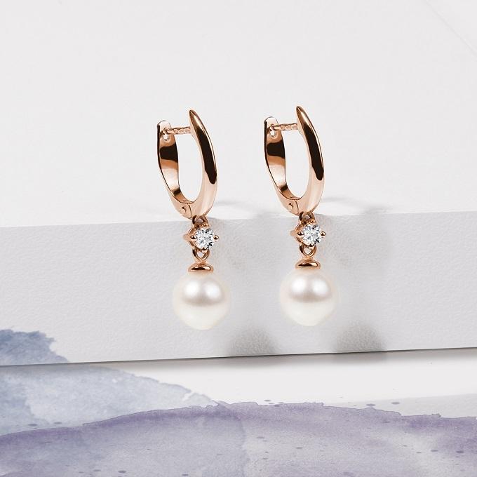 Náušnice z růžového zlata s perlou a diamantem - KLENOTA