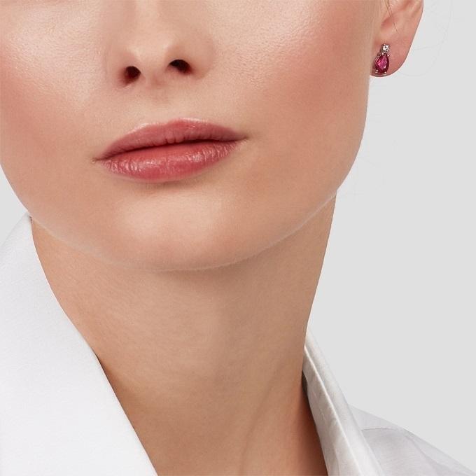 Náušnice s rubínom a diamantom v bielom zlate - KLENOTA