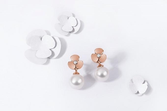 Yetel Ohrringe Mit Kleeblätter aus Roségold mit Diamanten und Perlen - KLENOTA