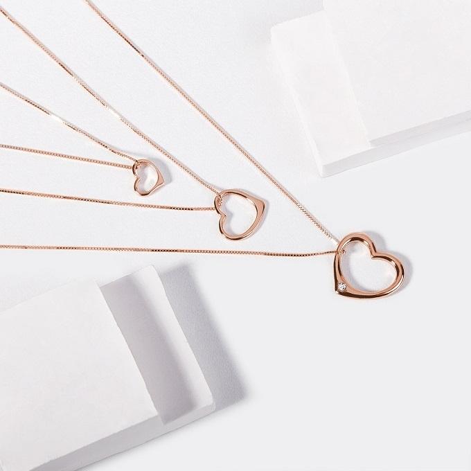 Prívesky v tvare srdca v ružovom zlate - KLENOTA