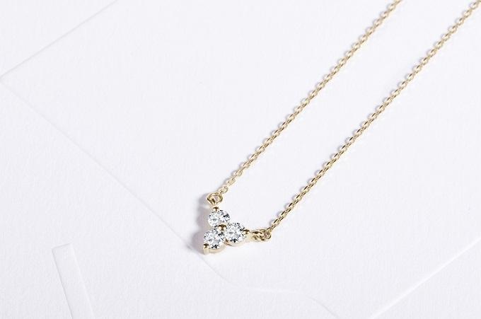 Złoty naszyjnik z trzema diamentami - KLENOTA