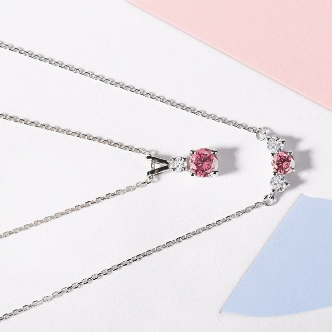 Necklace and pendant with pink sapphire and diamonds in white gold - KLENOTA