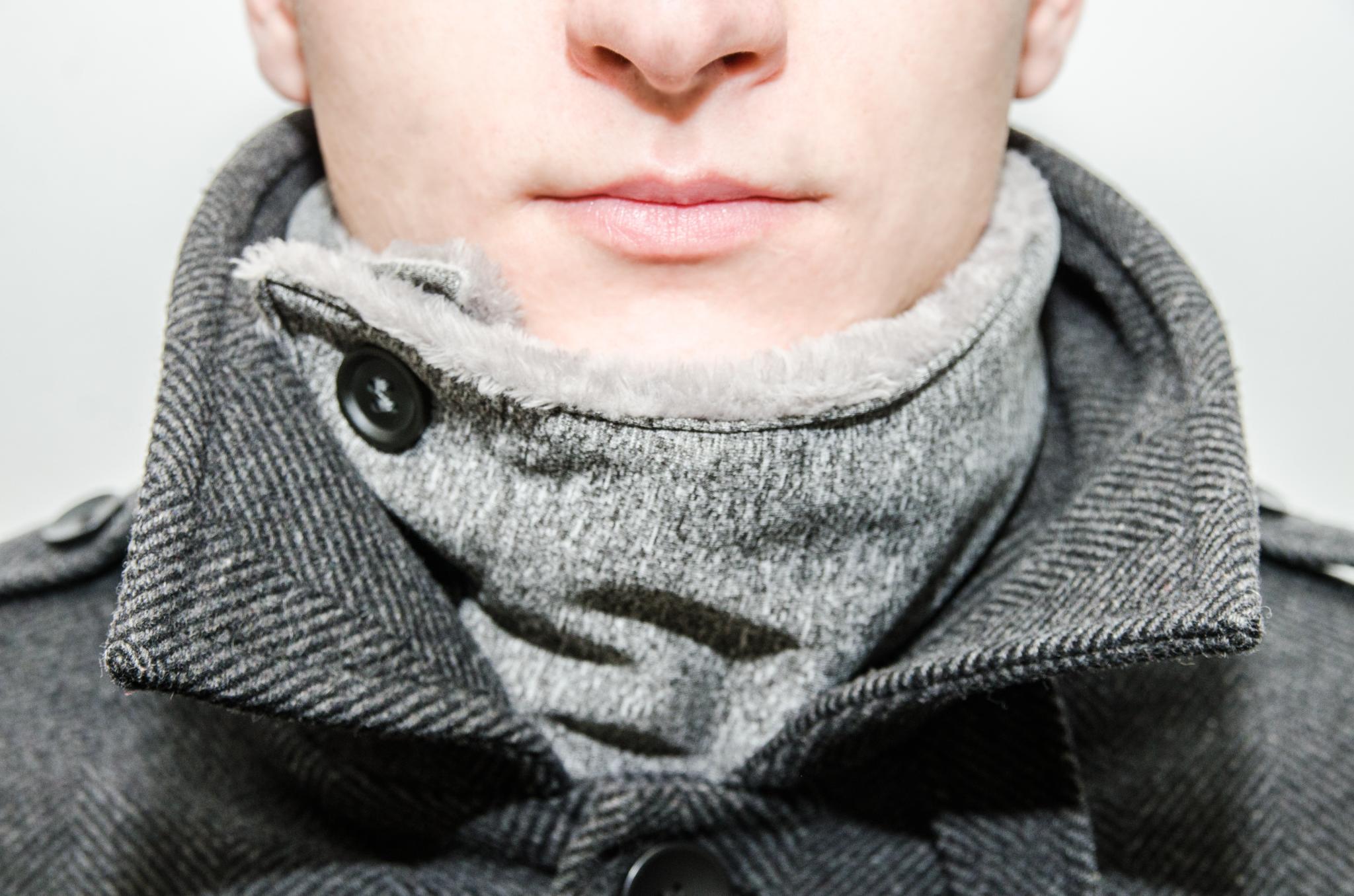 pánsky sivý nákrčník na zimu