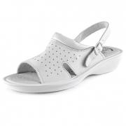 Bílé sandály s otevřenou špičkou
