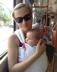 cestování s miminkem v šátku