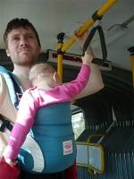 cestování s ergonomickým nosítkem