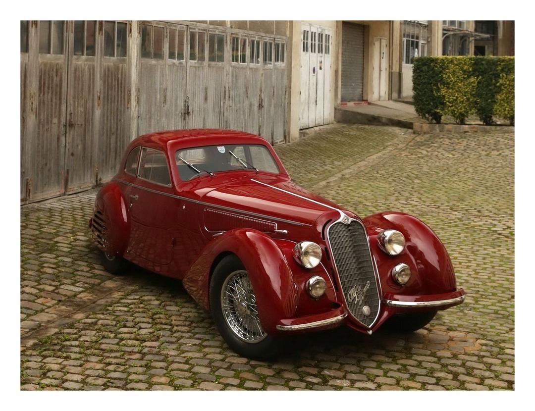 1939 Alfa Romeo 8C 2900B Touring Berlinetta (c) Artcurial