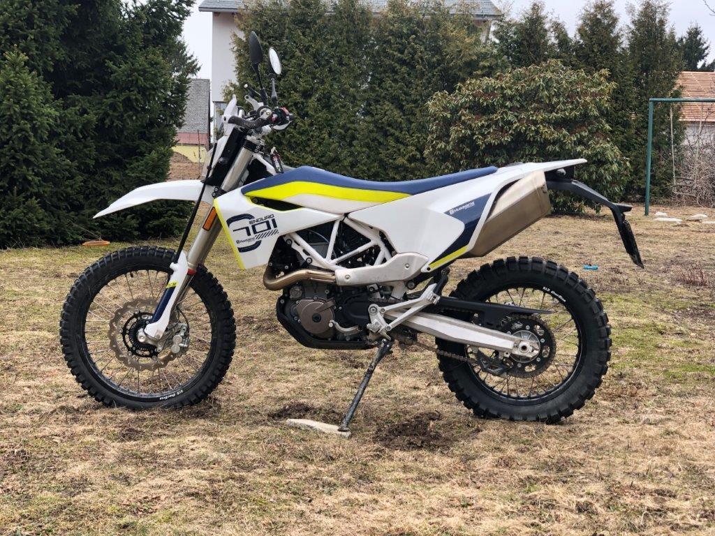 Test motocyklu Husqvarna 701 Enduro 2019