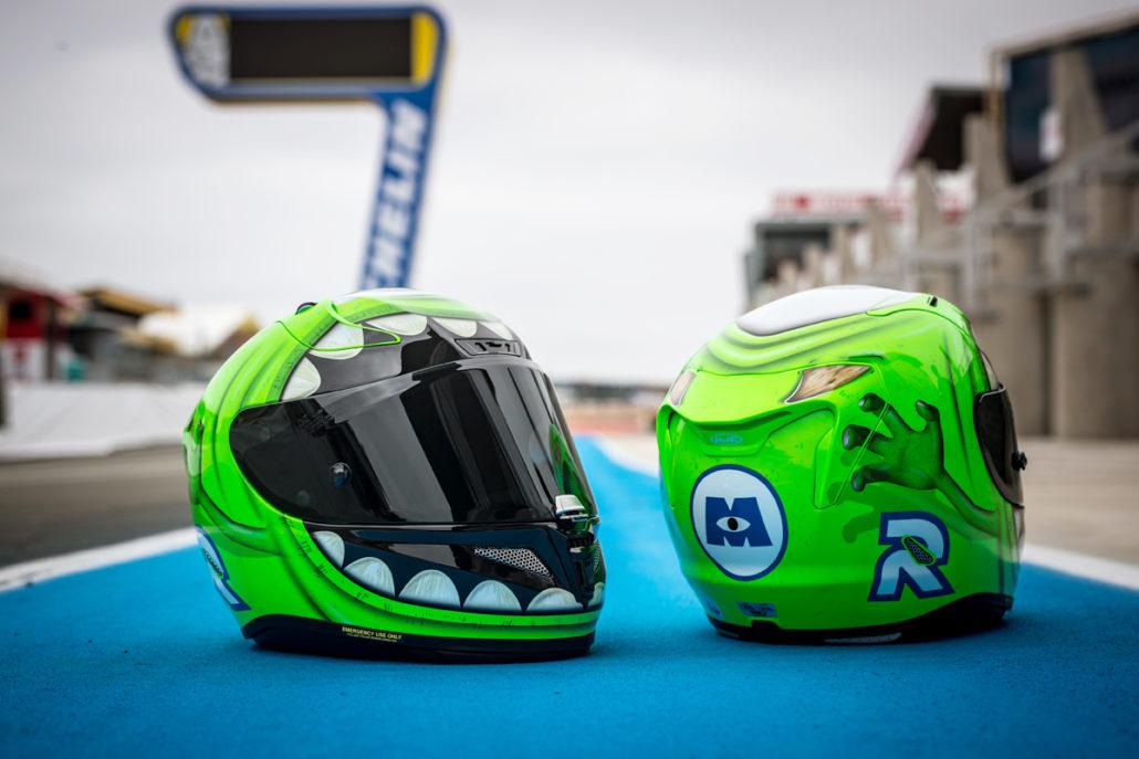 Integrální helma na motorku