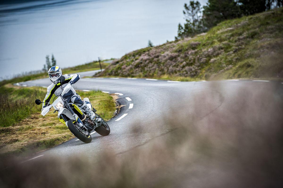 Supermoto motorky