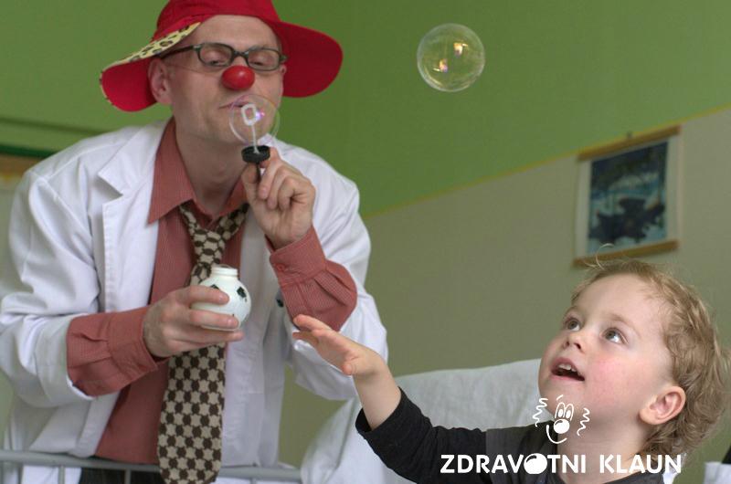 Zdravotní klaun - pomoc Helveti
