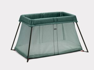 BABYBJORN Travel Crib Light Dark Green