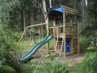 Jungle Barn s Playhouse modulem  a houpačka Swing module.