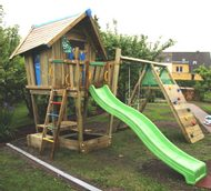 Montáž Jungle Crazy Playhouse a Climb module Xtra