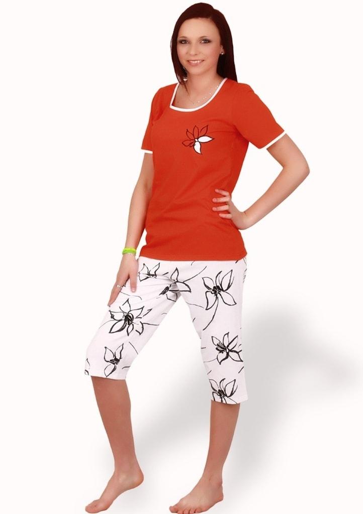 450f1abd2 Dámské pyžamo s capri kalhotami Magda ...