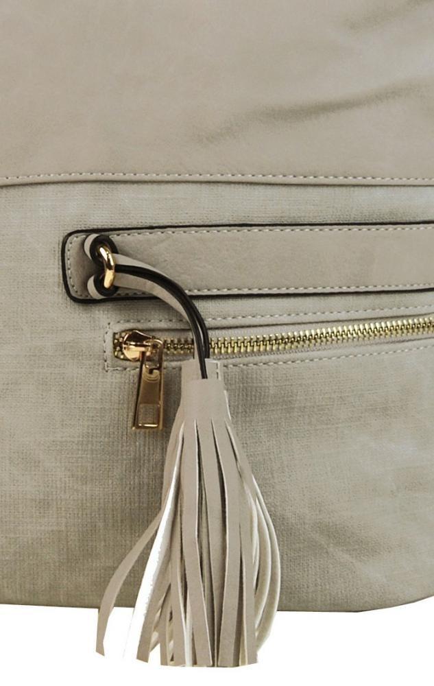0a321463ef Elegantní kombinovaná dámská crossbody kabelka F1349 krémově šedá Zvětšit.  Previous  Next. Previous  Next