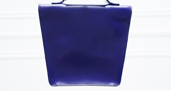 Real leather handbag Guy Laroche Paris - Blue