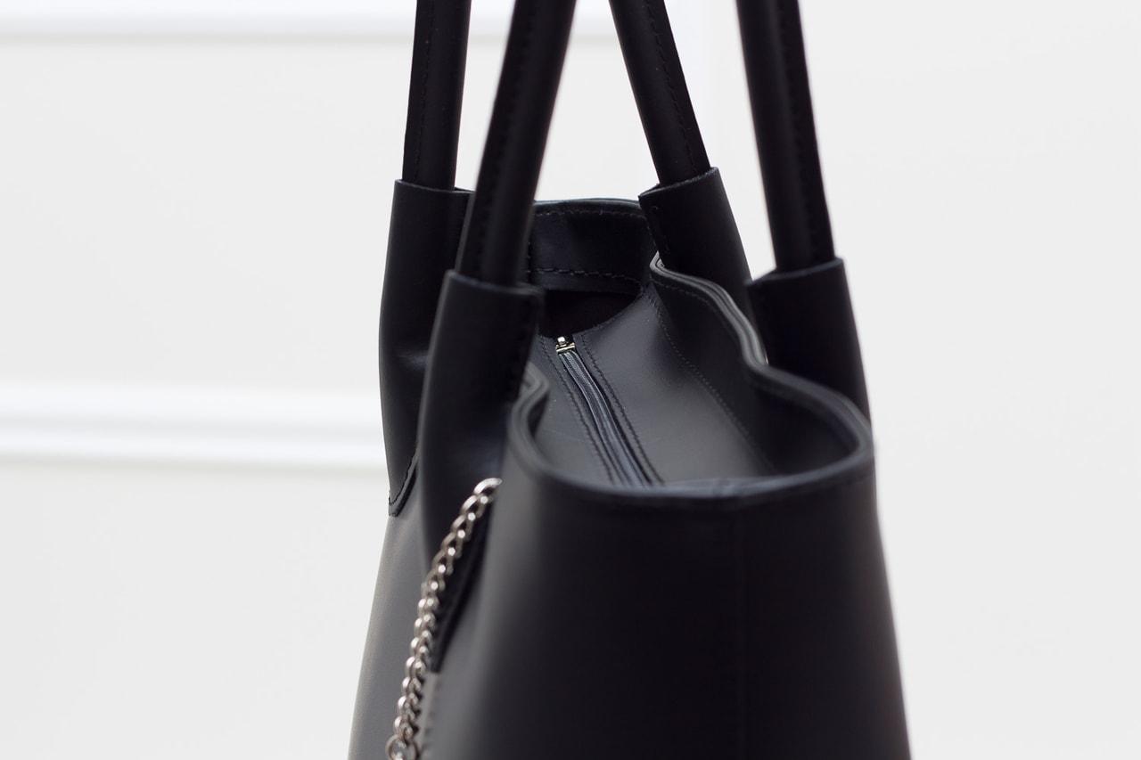 d16517c9f0 Glamadise.sk - Dámska kožená kabelka cez rameno matná - čierna ...
