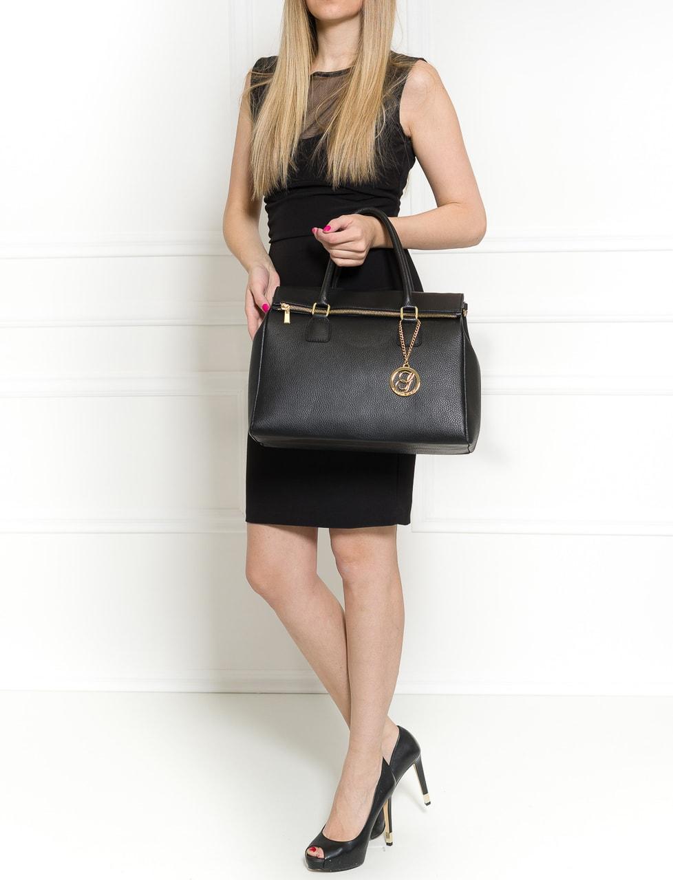 64ce30e348 Glamadise.sk - Dámska kožená kabelka jednofarebná so zipsom - čierna ...