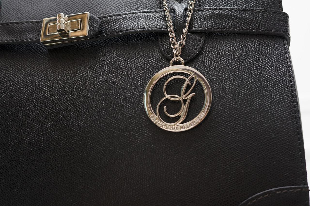 fef6fcb785 Glamadise.sk - Dámska kožená kabelka dlhé ucho STEFANIE - čierna ...