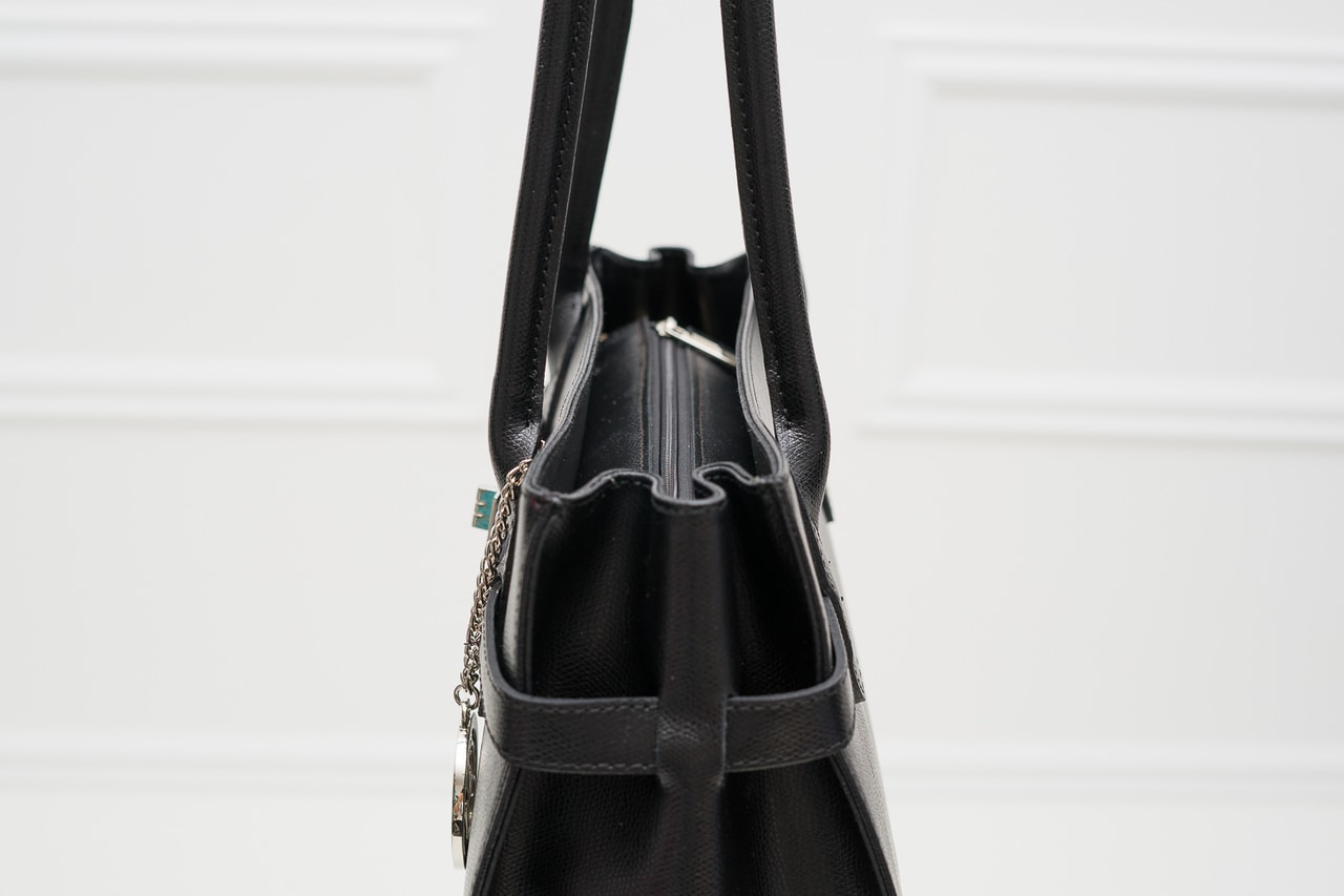 f2b4c379ab Glamadise.sk - Dámska kožená kabelka dlhé ucho STEFANIE - čierna ...