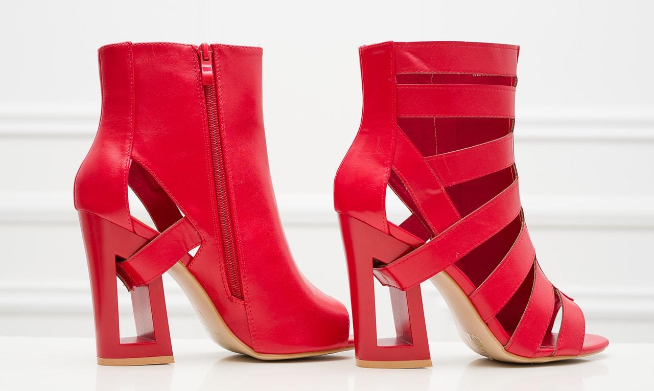 1c7c2ce1db Glamadise.sk - Dámske remienkové sandále na podpätku červené ...