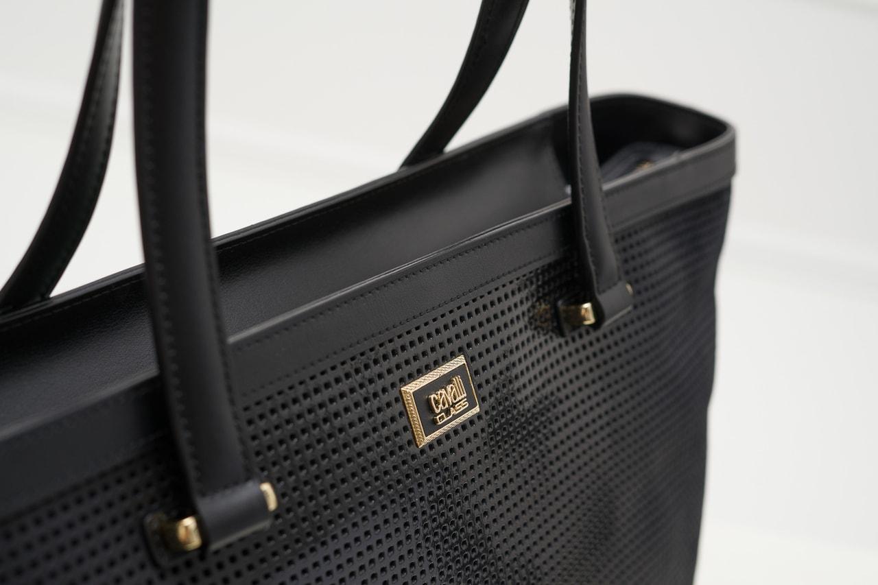 8a380a2620 Glamadise.sk - Cavalli class kabelka perforovaná čierna - Cavalli ...