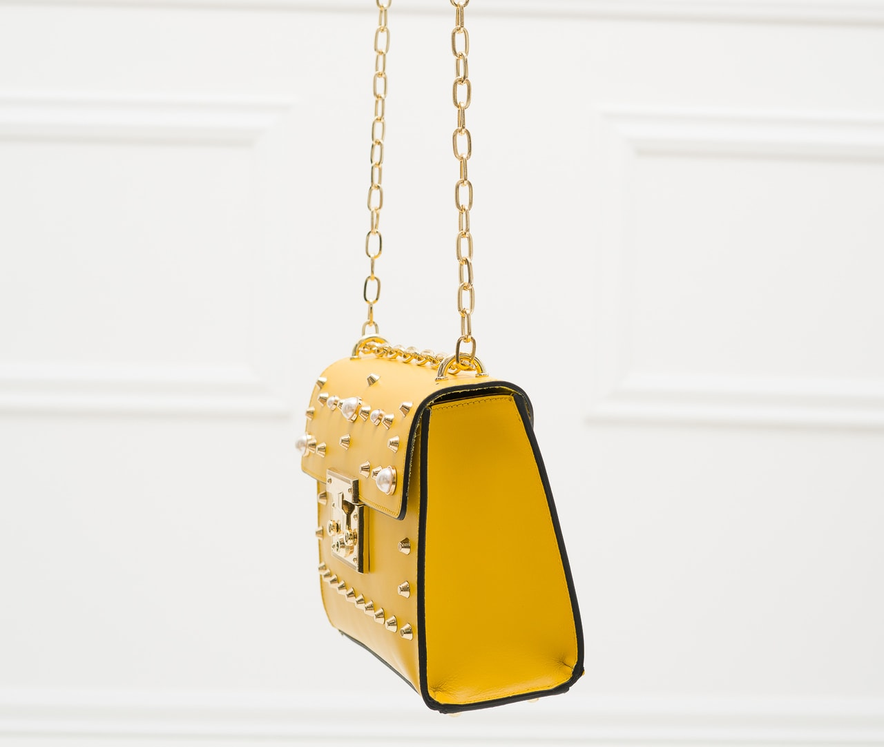 09817cd2d2 Glamadise.sk - Dámska kožená crossbody kabelky s perličkami - žltá ...
