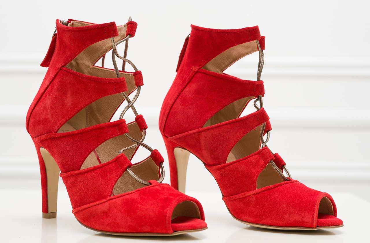 e8c217cc93cc Glamadise.sk - Dámske kožené sandále červené - Versace 1969 ...