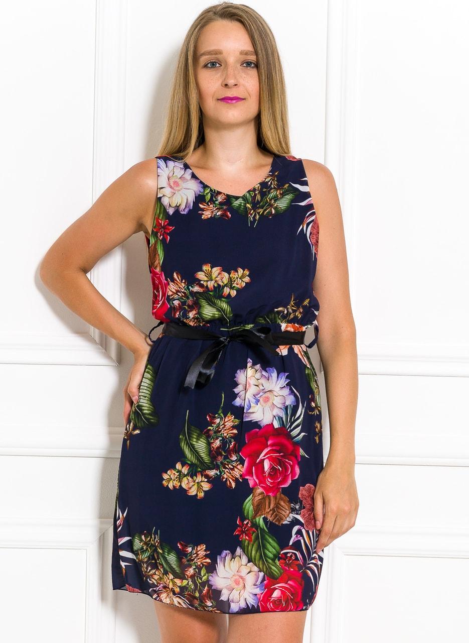 264d4febd Letní šifonové šaty s květinami tmavě modré - Glamorous by Glam ...