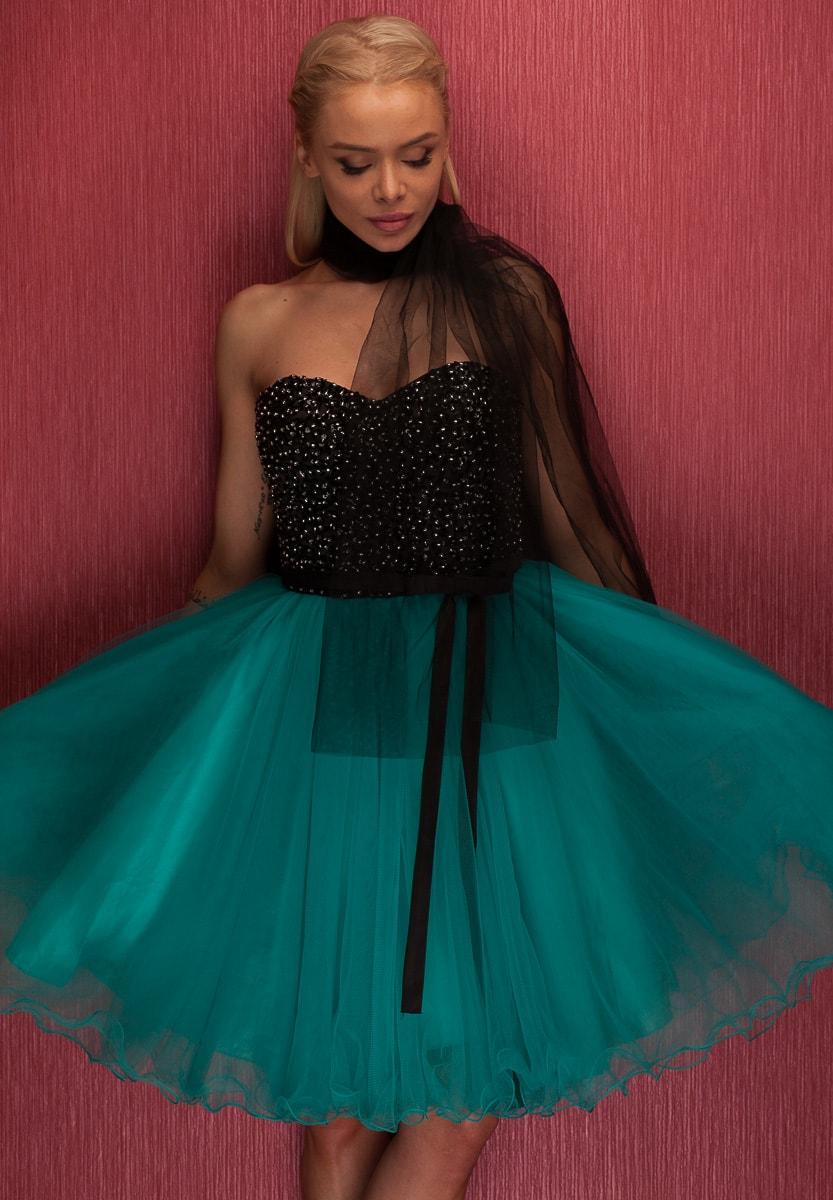 41fe5bc4e7fa Dámské krátké plesové šaty bez ramínek - zelená - Due Linee - Šaty ...