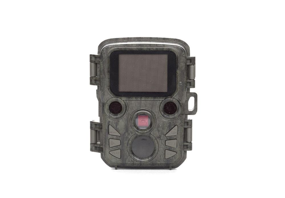 Predator Fotopast Predator Micro + SD karta 8 GB a sada baterií Zdarma! Predator
