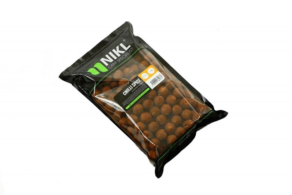 Fotografie Nikl Boilies Economic Feed 20mm - Economic Feed Boilie - Strawberry 5 kg