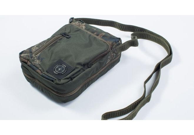 Nash Taška přes rameno Scope OPS Security Stash Pack