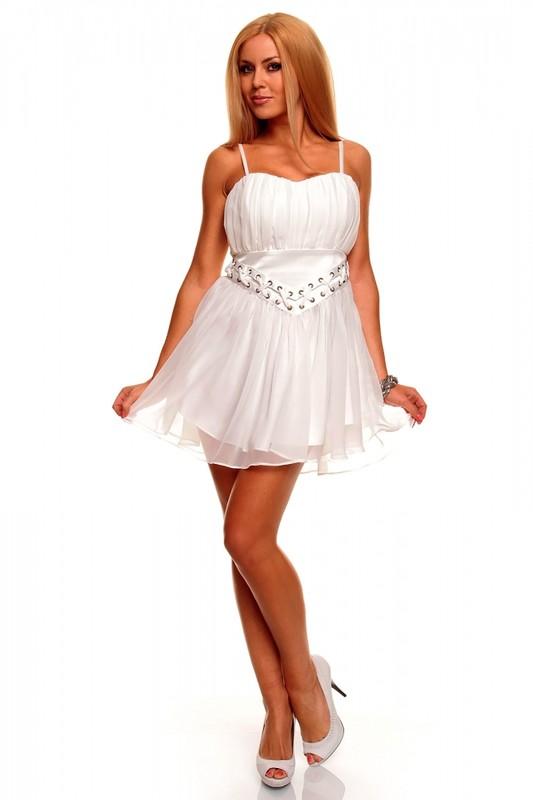 deef590bae31 Krásné dívčí šaty