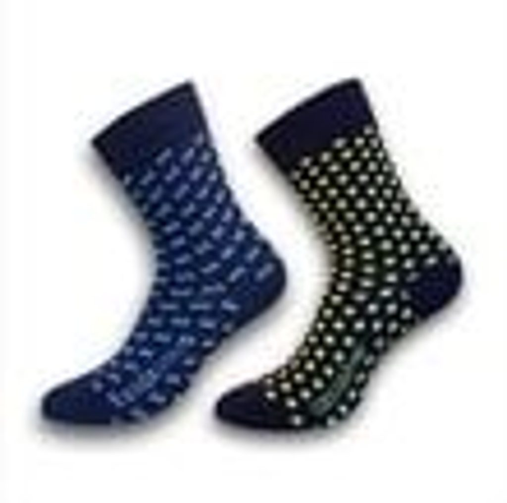 Formal socks shouldn´t be only black.