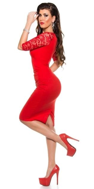 8c86afc1cd6f Elegantní pouzdrové šaty červené - Koucla - Party a koktejlové šaty