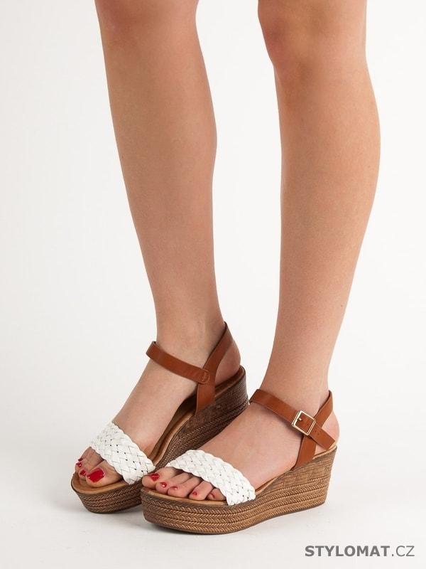 64a98df35e14 Vysoké sandálky na platformě - SEASTAR - Sandále