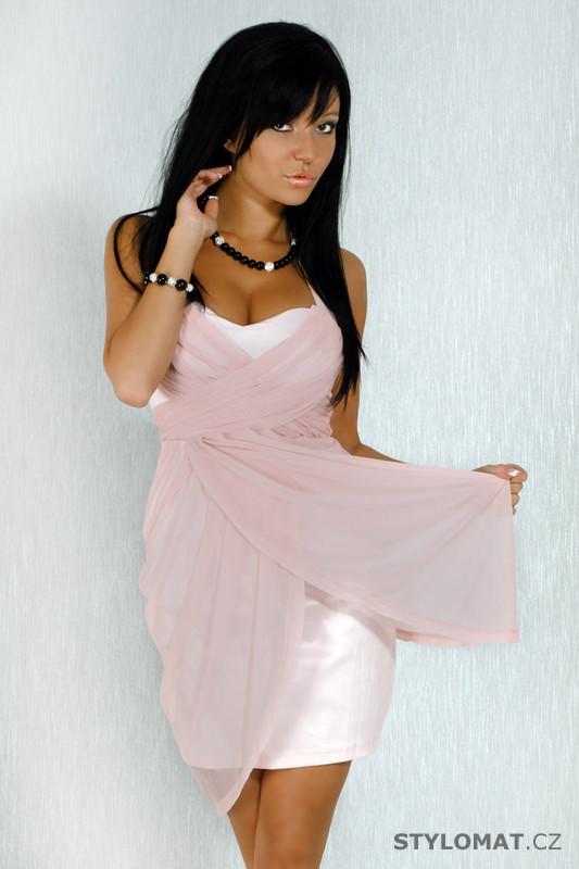 bd354a60c18f Dámské elegantní světle růžové koktejlové šaty - fionella - Party a koktejlové  šaty