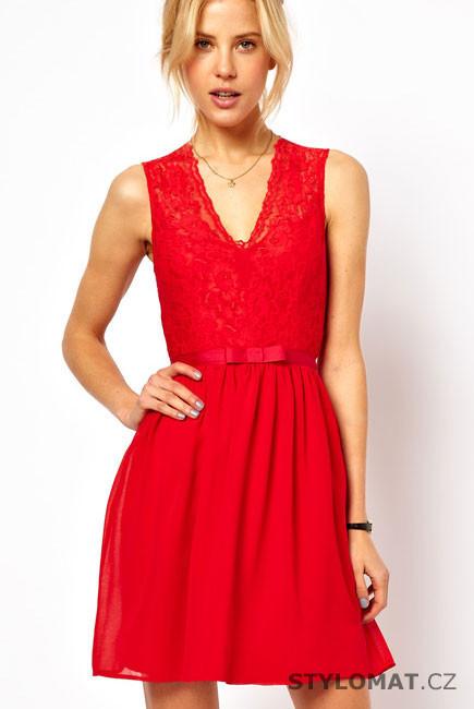 05024a6af61d Dámské jasně červené krajkové šaty - Damson - Krátké společenské šaty