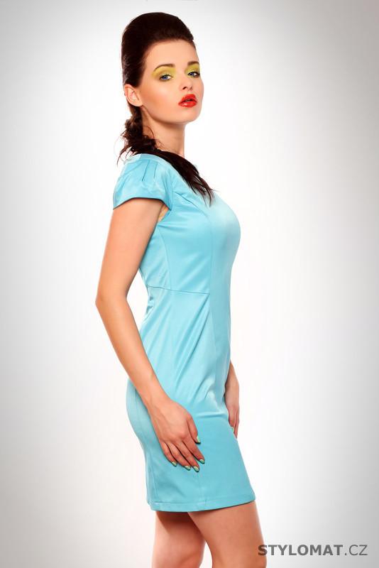 bd72e32b05e1 Dámské elegantní světle modré saténové šaty - Drole de Copine - Krátké  letní šaty