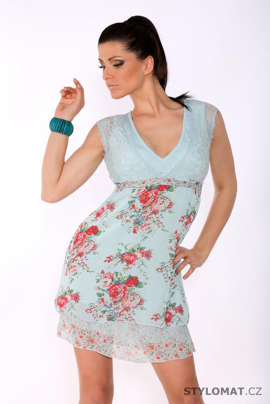 820cd6a1bd69 Dámské romantické modré šaty s květinovým vzorem - Sweet Miss - Krátké  letní šaty
