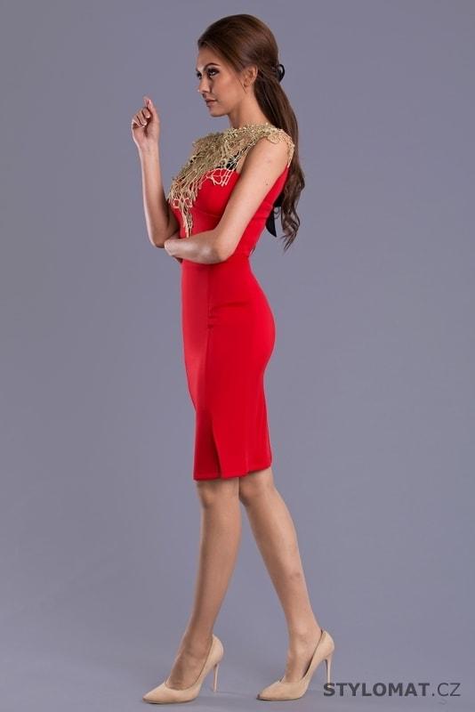 204c7a9cbc59 Sexy pouzdrové šaty červené - Emamoda - Krátké společenské šaty