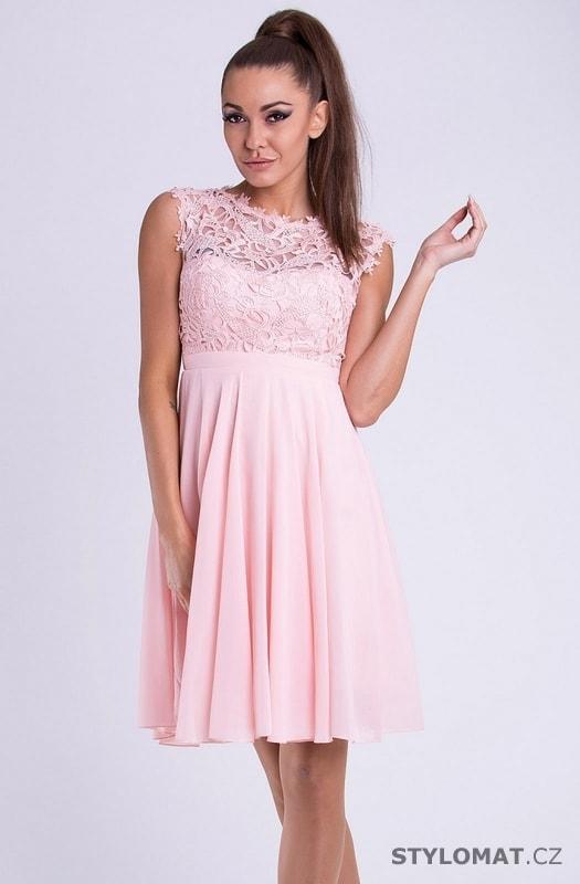 9e9771d696ed Krátké společenské šaty s krajkovým vrškem růžové - Emamoda - Krátké  společenské šaty