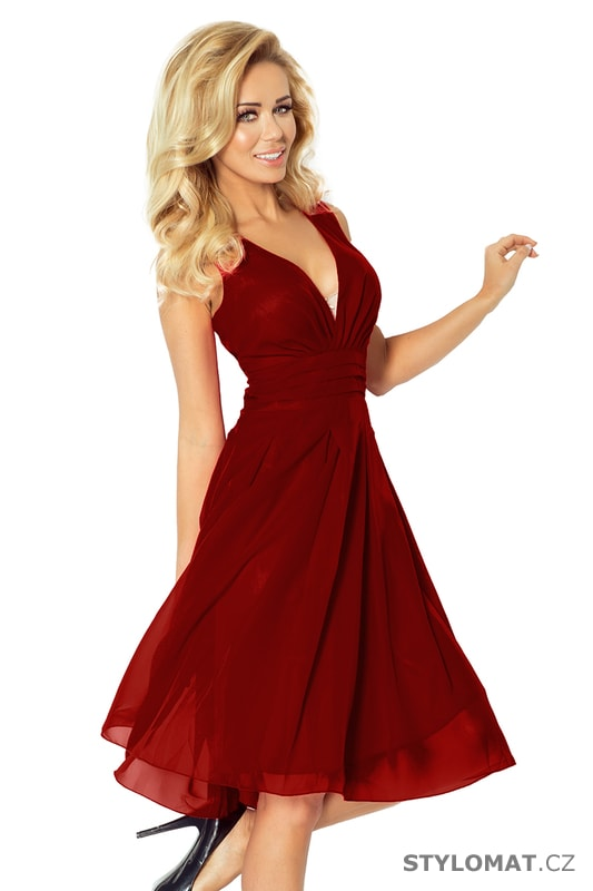 9a6c451e30e8 Bordó šifónové šaty - Numoco - Krátké společenské šaty