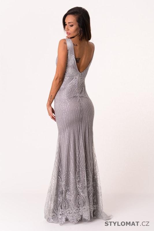 b57aec0c344e ... Dlouhé společenské šaty    Dlouhé večerní šaty s flitry stříbrné.  Previous  Next