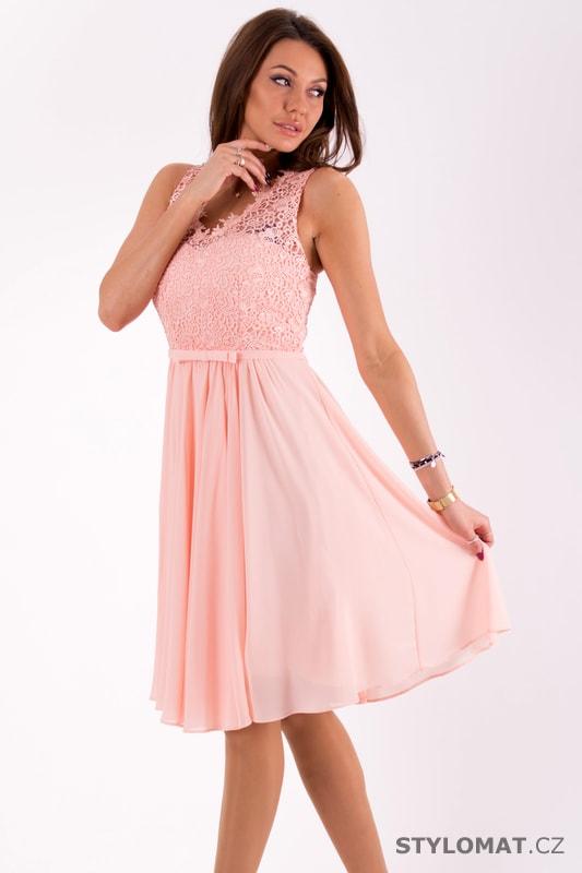 642cef6761c9 Světle růžové šaty s krajkovým topem - Eva Lola - Šaty do tanečních